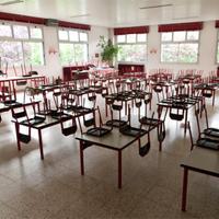 Nábytek | Jídelní stoly a židle