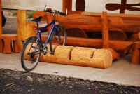 Stojan na kola - dřevo MM700247